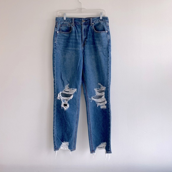 American Eagle Mom Jeans, size 8